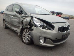 Car Crash Repair- Kia Carens